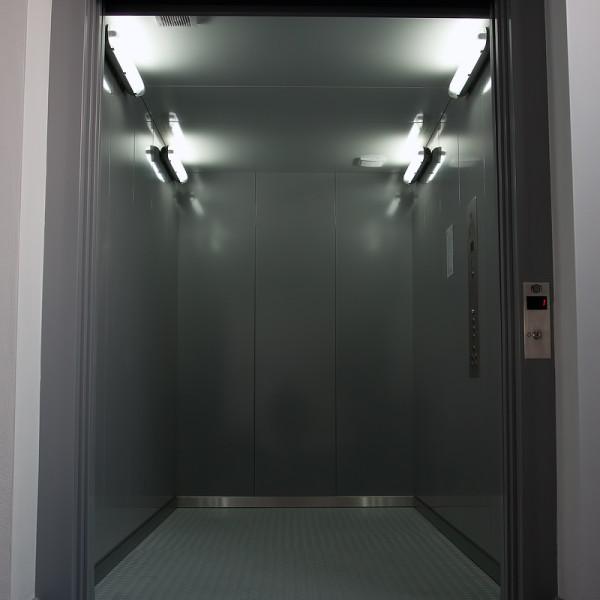 kabina (1)